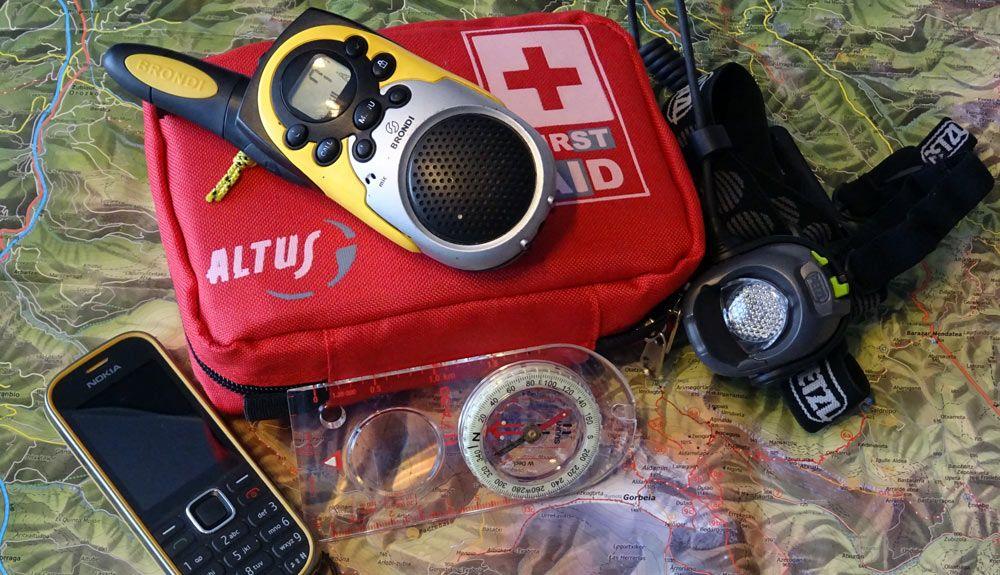 Un simple Walkie Talkie puede salvarte la vida en la montaña