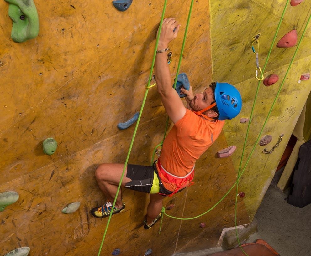 Simond presenta sus novedades para escalada deportiva