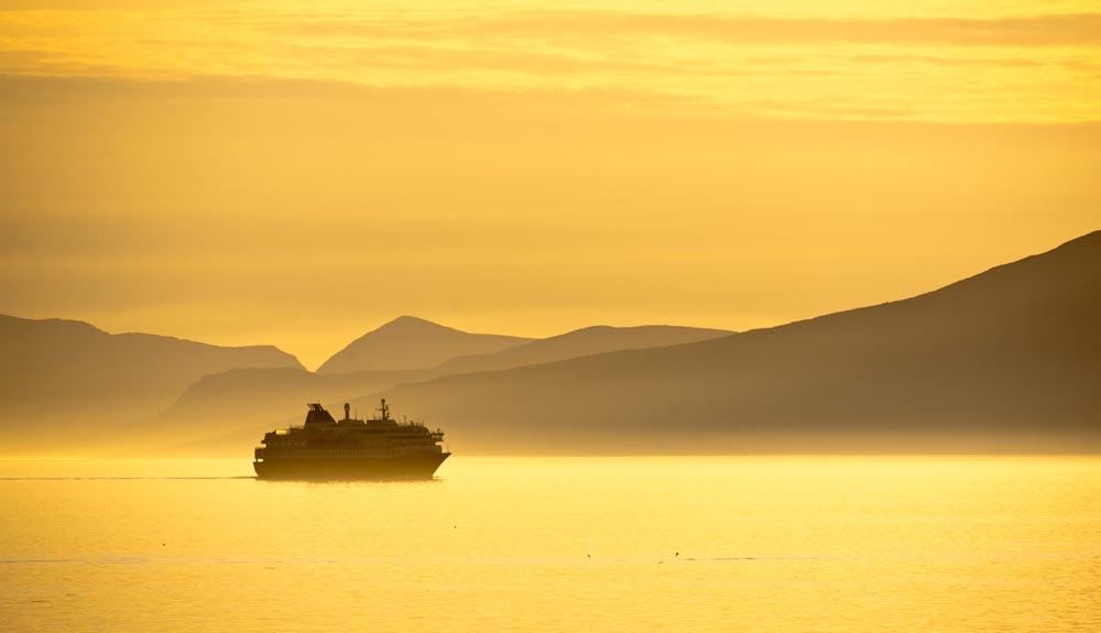 Un eterno día de verano con Hurtigruten