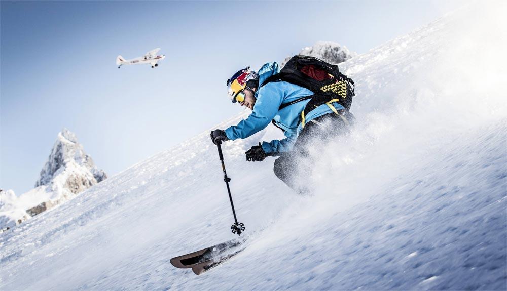 Andrezj Bargiel a por el descenso con esquís del K2
