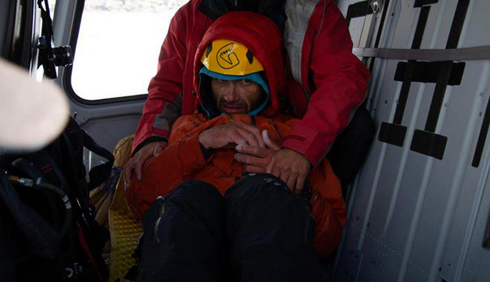 ¡Alexander Gukov rescatado en el Latok I!