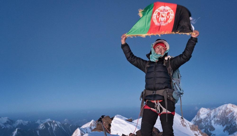 Hanifa Yousoufi, la primera mujer en escalar el Monte Noshaq