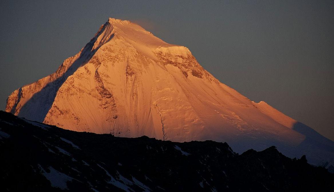 Baranov y Hellmuth a por el descenso del Dhaulagiri con esquís