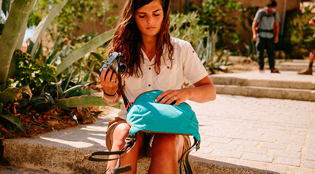 Los accesorios para realizar un viaje con mochila