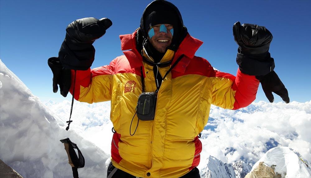 Un nuevo compañero en el K2 para Alex Txikon