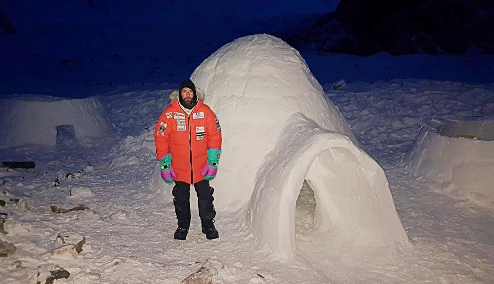 Alex Txikon: 'Dormir en un iglú me ha regalado la mejor noche de mi vida en un campo base invernal'