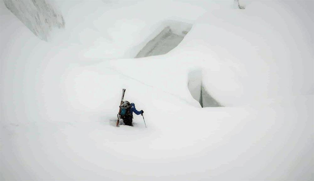 Un huracán se dirige al K2 invernal