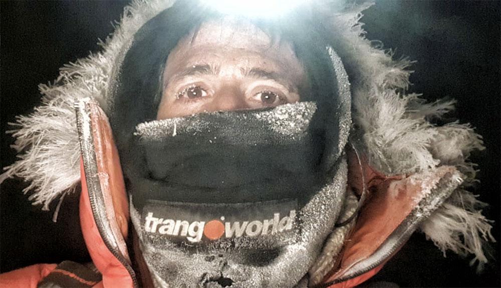 Vientos huracanados en el campo base del K2