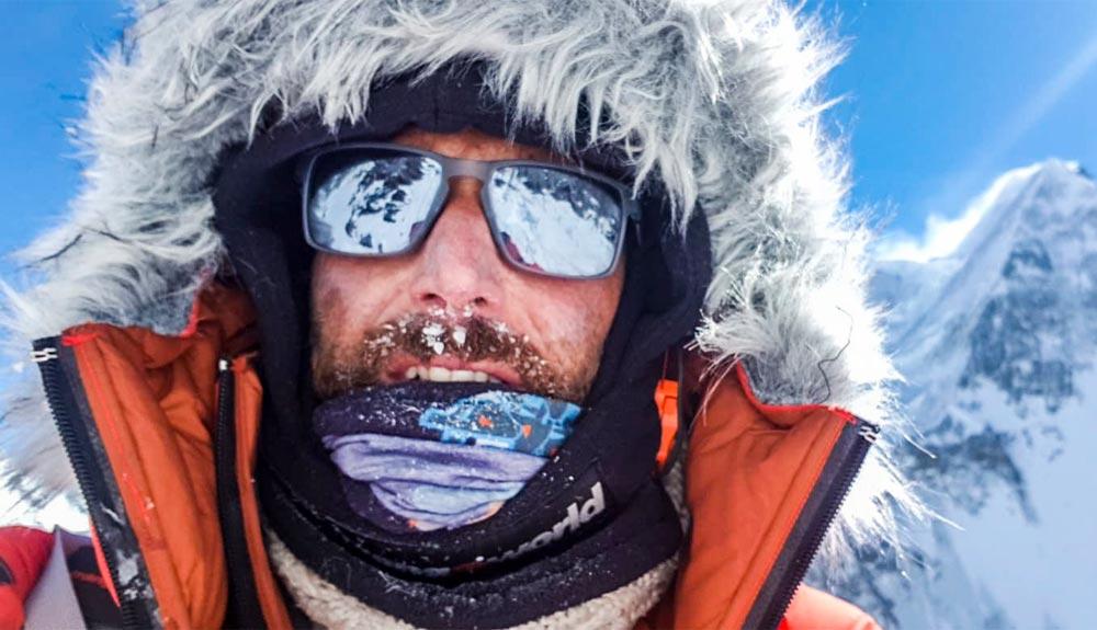 Alex Txikon alcanza el C2 en el K2