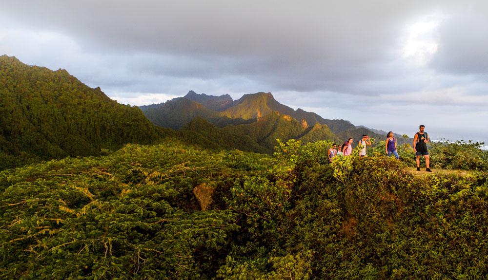 La ruta hacia la roca sagrada de las Islas Cook