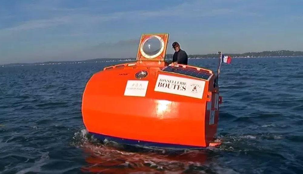 Cómo cruzar el Atlántico en un barril gigante