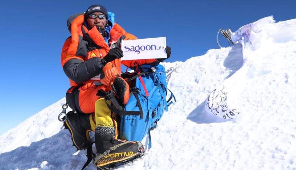 Kami Rita Sherpa vuelve a hacer cima en el Everest.... ¡y van 24!