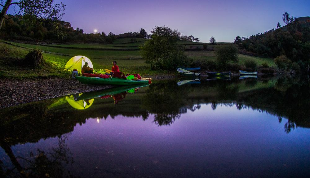 El río Navia en kayak