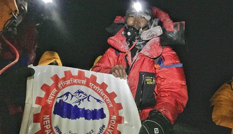Récord de velocidad en la travesía Everest-Lhotse