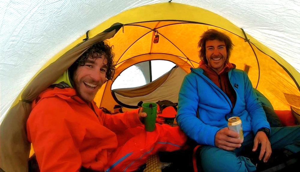 Marc Toralles y Bru Busom escalan la cara sur del Denali
