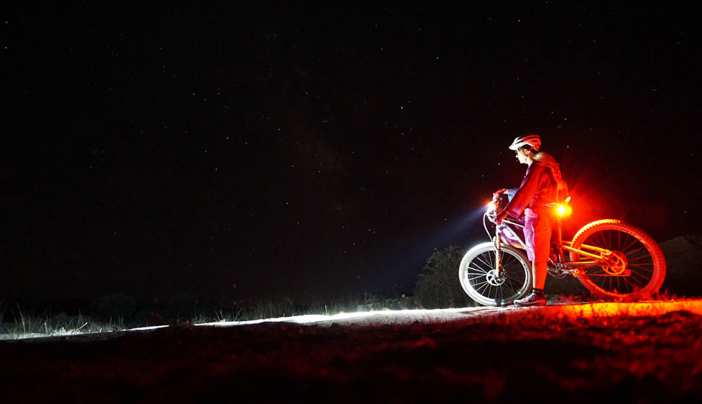 Mountain bike con nocturnidad