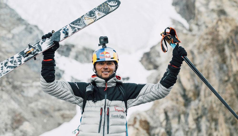 Andrzej Bargiel tratará de descender el Everest con esquís