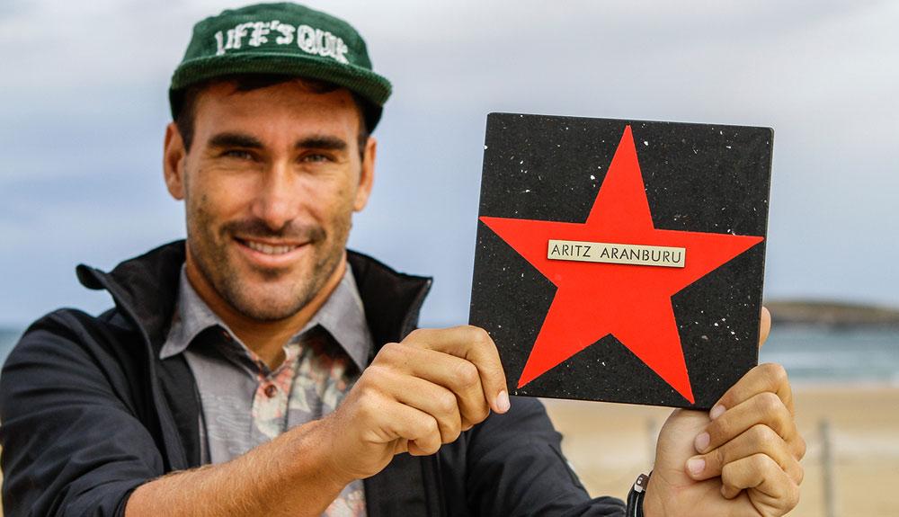Aritz Aranburu, nueva estrella del 'Surfing Walk of Fame' español