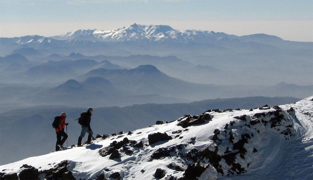 Ascensión al Toubkal: 10 rutas alrededor del Gran Atlas