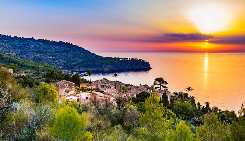 4 planes outdoor en el otoño de Mallorca