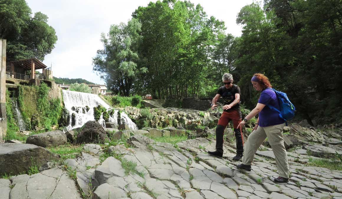Paisaje entre volcanes: la Garrotxa y la vía ferrata de Ribes de Fesser